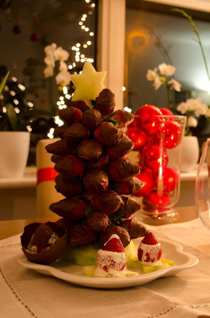 kerstboom, aardbeien, kerst
