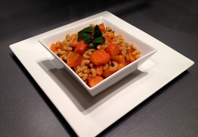 Macaroni met pompoen