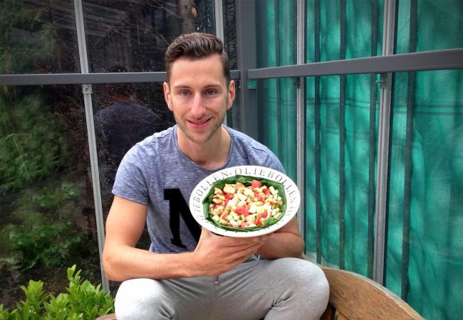 Salade met kip, appel en walnoten
