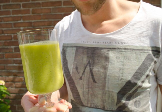Smoothie recept met asperges en avocado