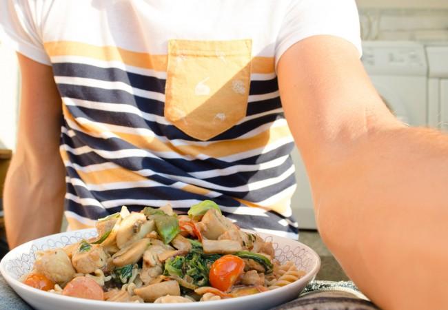 Pasta met kip: Een fijne Italiaanse zomeravond