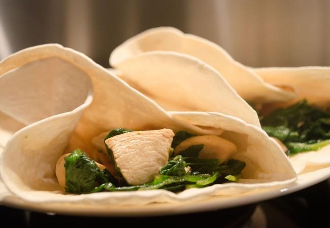 Wraps met kip en spinazie