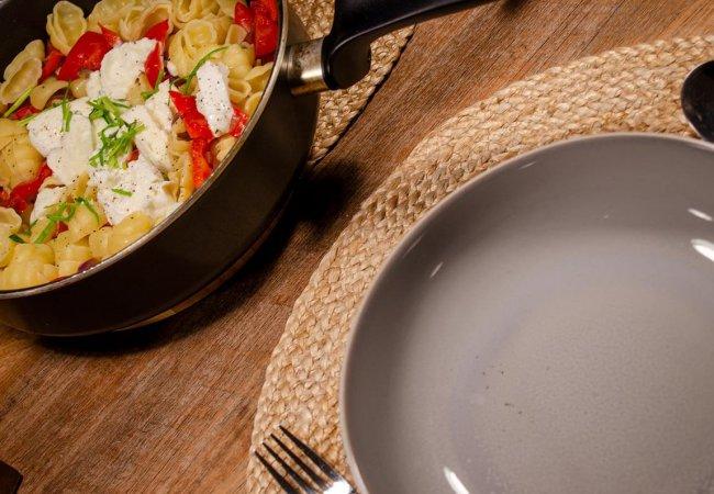 Vegetarische pasta met buffelmozzarella